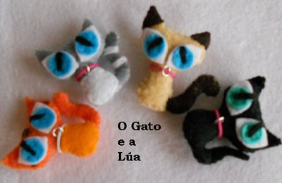 BROCHES DE FIELTRO DE GATITOS