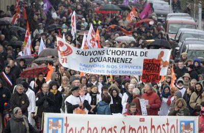 Hopital de Douarnenez-Près de 1 500 à défendre « leur » hôpital à Quimper