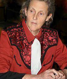 Condition animale : Temple GRANDIN autiste, bouleversante professeure de sciences animales !