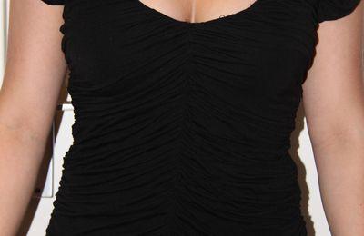 Tee-shirt froncé noir NEUF T.XS