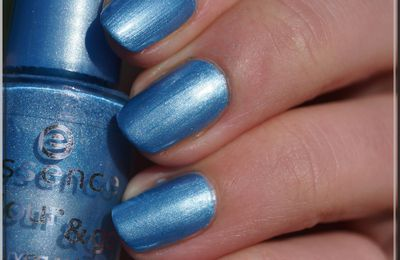 Essence - Gleam In Blue