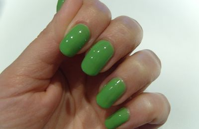 China Glaze electropop gaga for green