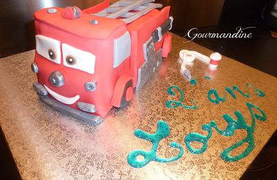 Camion de pompiers Cars Red / Firetruck Cars Cake Red