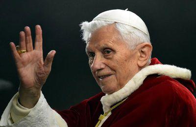 La démission du pape: une annonce surprenante