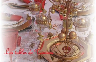 La table en Rouge/or de Noël (2012)