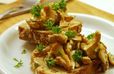 Croute aux Girolles