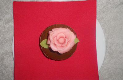 ma premiere rose en pâte d'amandes