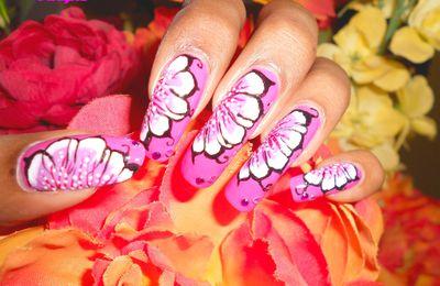 "Nail art ""one stroke violet et blanc"""