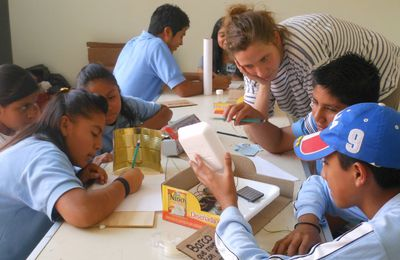 l'atelier pour les ados: el taller los grandes ingeniosos