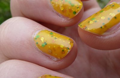 [Nail-art] Sandwich de paillettes (feat Dior et Models Own)