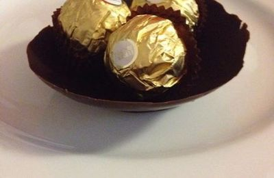 Coque en chocolat, pour dessert gourmand