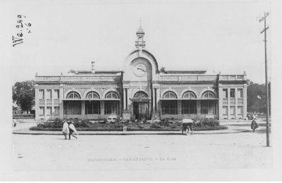 La gare de 1908 à nos jours (Tananarive)