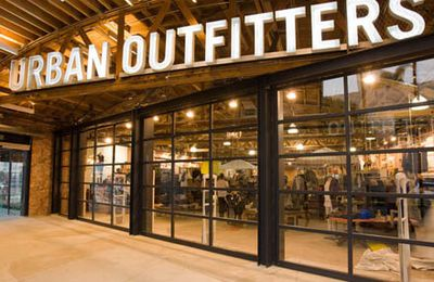 Info : Forever 21, Urban Outfitters en France