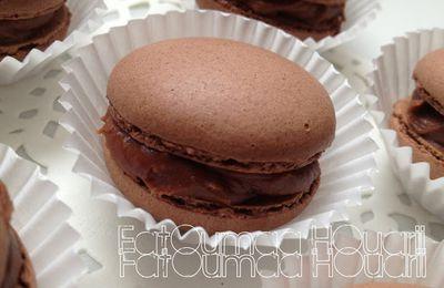 Macarons au Chocolat & Ganache au Chocolat au Lait Monté