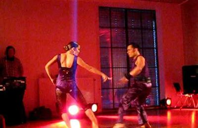 "Vidéo cha cha cha : Alexistyle and Magda Show ""Mala Mujer"" Nordic Salsa Experience 2009"