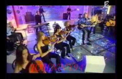 Johnny Hallyday a chanté chez Michel Drucker (Vivement dimanche)