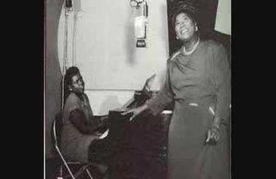 MAHALIA JACKSON,100 ans de tonalités blues profondes