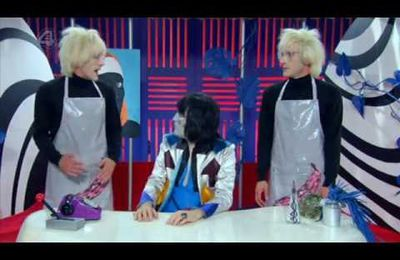 Noel Fielding's Luxury Comedy AGAIN