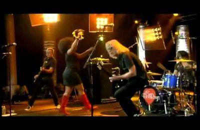 The Bellrays - Black Lightning