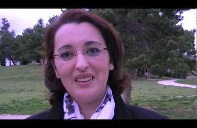 Hakima Ait el Cadi soutient François Bayrou