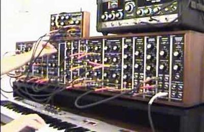 MooT BooXLe's Synthesizers.com movie
