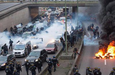 Francia, Uber condannata: dovrà pagare ai tassisti 1,2 milioni di euro