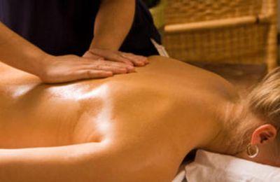 Massage ayurvédique et les bienfaits de l'ayurvéda.
