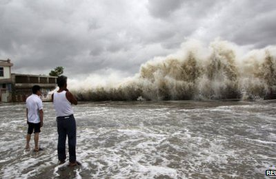 Typhoon Usagi kills at least 25 people in China