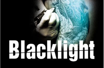 La chronique de Blacklight par Mél Lectures !