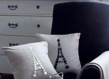 coussins ornés de Tour Eiffel en boutons (tutoriel gratuit - DIY)