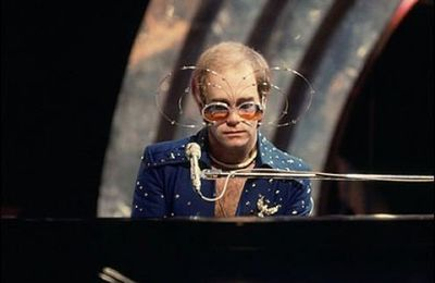Elton John - Saturday Night's Alright For Fighting en 1973