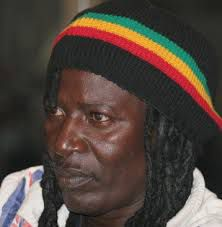 Alpha Blondy: Rasta ou affamé?