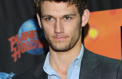 ALEX PETTYFER 'planet holywood'
