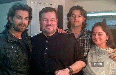 Les parents de Neil Nitin Mukesh !