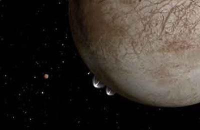 La NASA observe des geysers d'eau sur la lune Europe