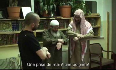 La description de la Prière (As-Salat) du Prophète d'après Le Livre de Cheikh Al Albani