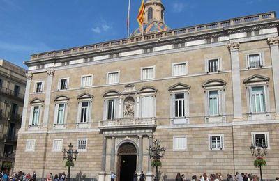 Catalogne : Rajoy demande la destitution de Puigdemont et du gouvernement catalan (equinoxmagazine.fr)