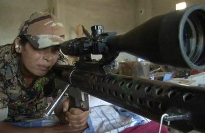 Syrie : des femmes kurdes snipers sur le front