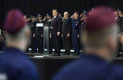 Ungheria, custodia cautelare per i clandestini. Orban: Europa vive nell'ingenuità