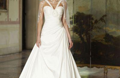 Style classique chez la robe de mariée