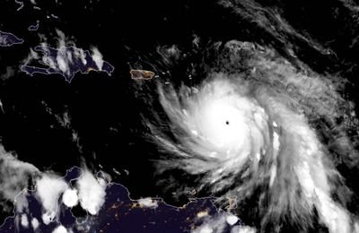 Ouragan Maria: les images satellites de son...