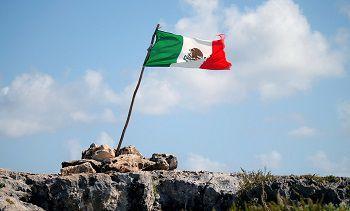 D'abord l'ALENA, ensuite le mur : comment les Etats-Unis ont joué au pompier-pyromane avec le Mexique (The Sacramento Bee)