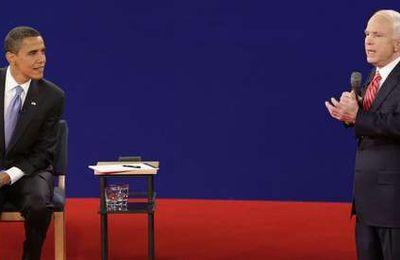 J -28 : Barack Obama enfonce un peu plus John McCain