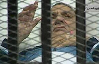 Égypte _ Procès de Moubarak : peu de violence et peu de Justice….