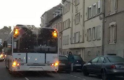 Algrange ligne de bus supprimé ? et les classes supprimées ?