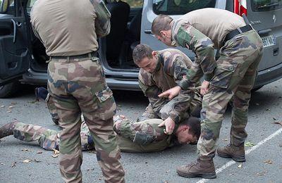 L'armée de Terre met en avant l'entraînement des soldats attaqués au Louvre
