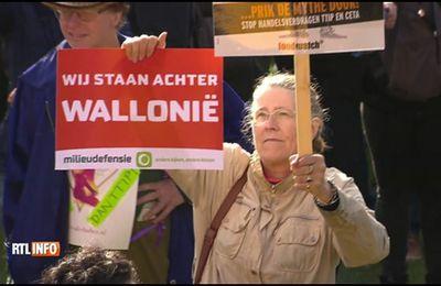 CETA: 8.000 manifestants à Amsterdam déclarent leur soutien à la Wallonie (VIDEO)