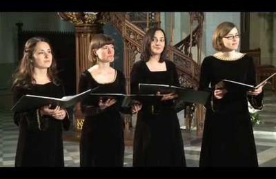 Premières répétitions avec le groupe vocal CADENZA pour le concert de Noël de cette année...