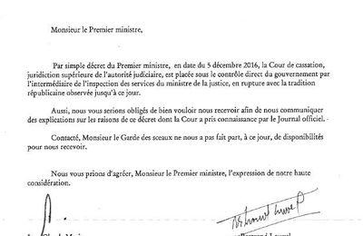 Manuel Valls a placé la Cour de cassation sous contrôle du gouvernement juste avant son départ