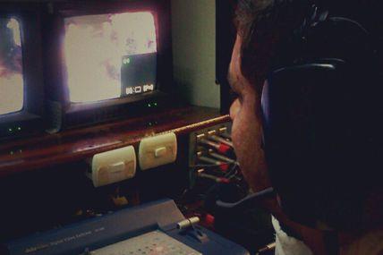 Photo: Transmisión en vivo desde los centros...